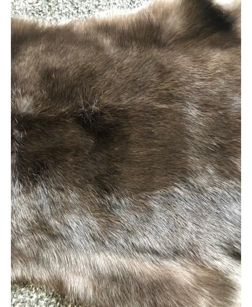 Kaninchenfell naturschwarz (dunkelbraun) naturell